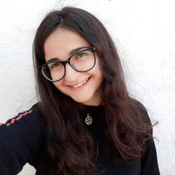 Babysitter Torres Vedras: Adriana