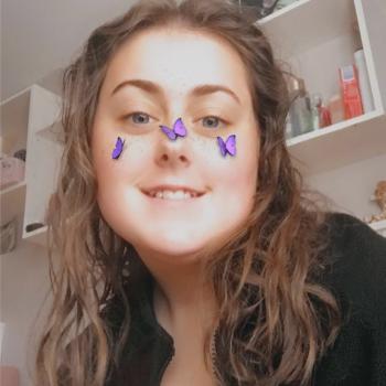 Babysitter in Droichead Nua: Kate