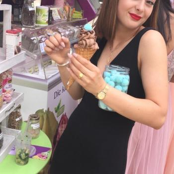Babysitter Basel: Selina