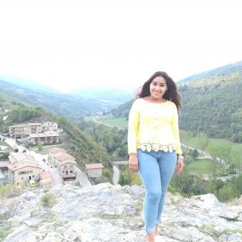 Niñera Olot: Fany Mariela