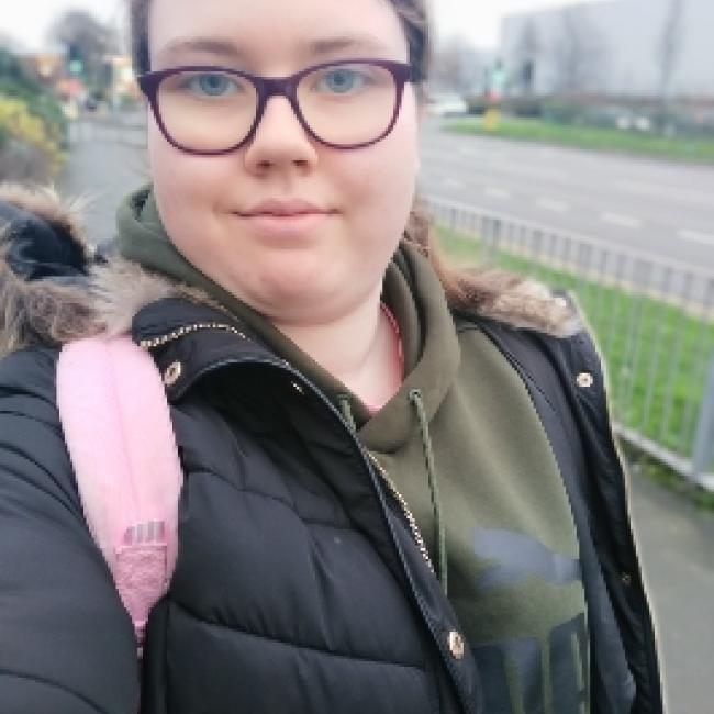 Babysitter in Birmingham: Rachel