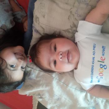 Emprego de babá em Colombo: emprego de babá Leandro