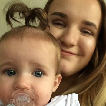 Babysitter Mackay: Emma