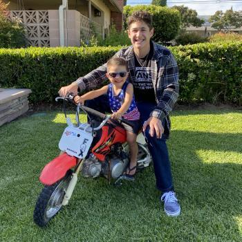 Babysitter San Dimas: Brady