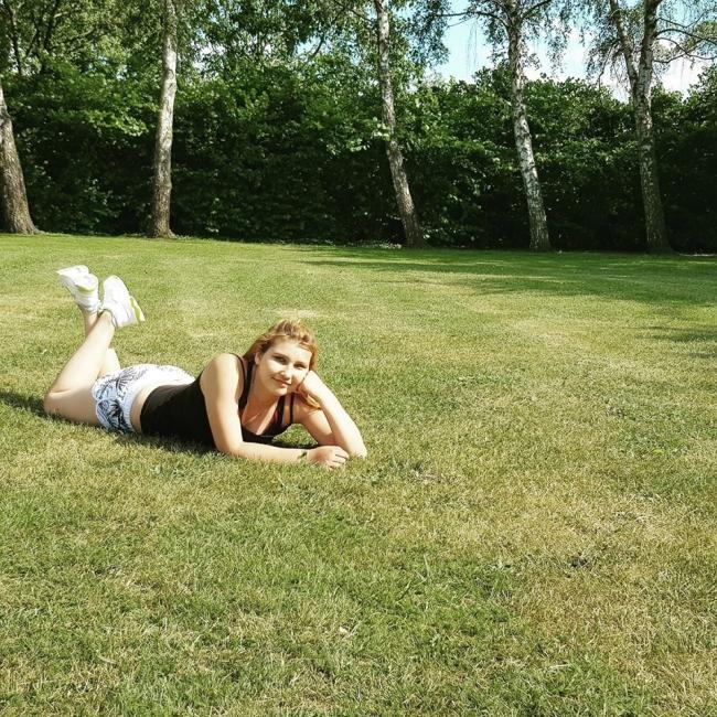 Babysitter in Geel: Angelina