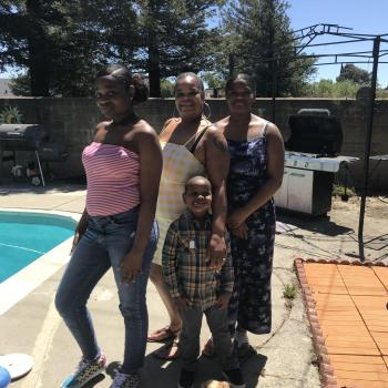 Babysitter Sacramento: Zianni