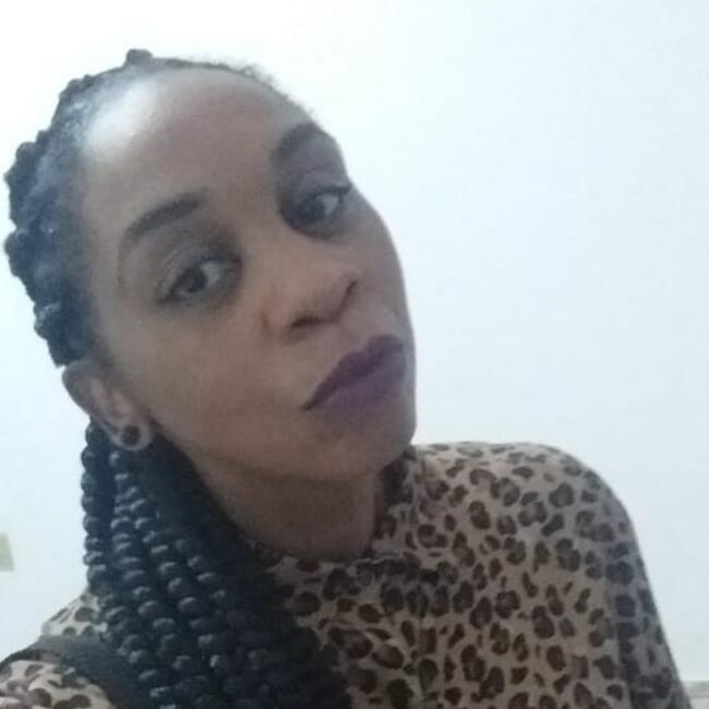 Babá em Juiz de Fora: Luciana