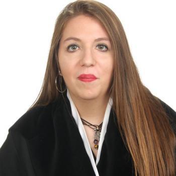 Canguros en Torrente: Lidia