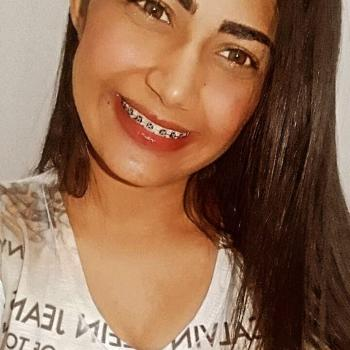 Babá em Cuiabá: Camila