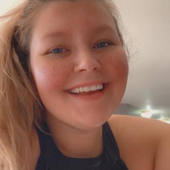 Babysitter in Marionville: Courtney