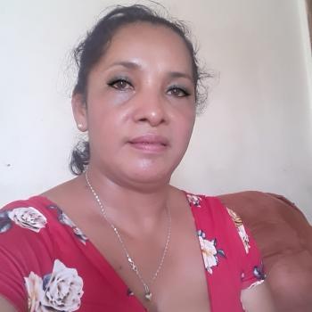 Niñera en Guácima: Gloria nubia