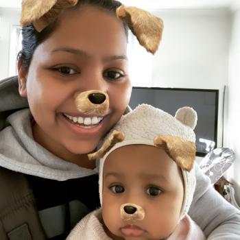 Babysitting job in Auckland: babysitting job Sagar