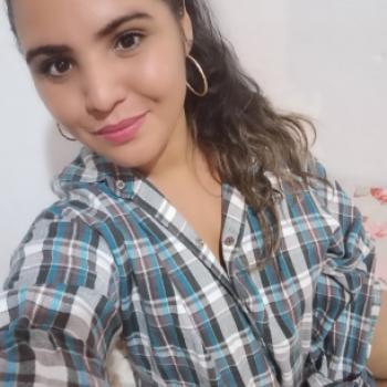 Babysitter Diadema: Andreza Araújo