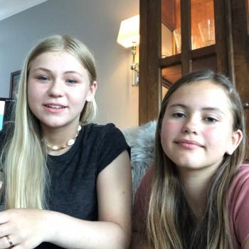 Barnevakt i Ålesund: Pernille og Celina