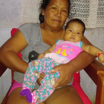 Trabajo de niñera Caldono: trabajo de niñera María Yolanda