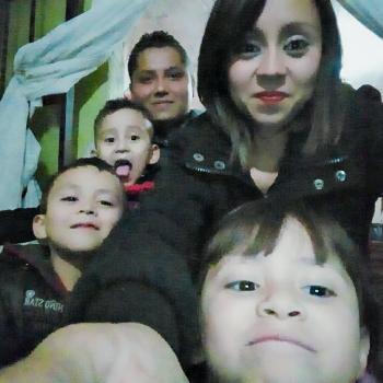 Babysitter Querétaro City: Valeria