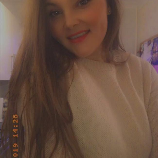 Babysitter in Milton Keynes: Sophie-Louise