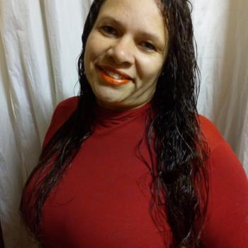 Babá Alvorada (Alvorada): Silvia Fernanda