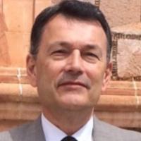 Rolando González