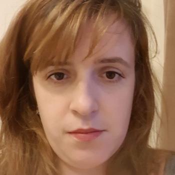 Babysitter Dagenham: Simona