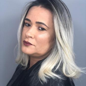 Babá em São Vicente: Débora Coutinho