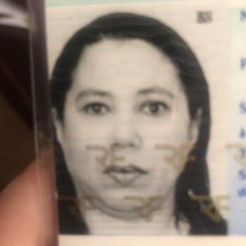 Babysitter in Paris: Nadia