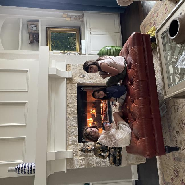 Babysitting job in San Antonio: Sayena