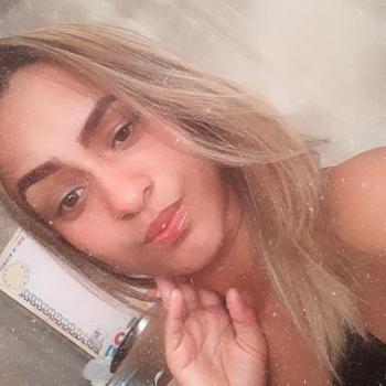 Babá em Vila Velha: Chayenne