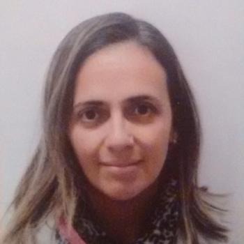 Babysitter Vila Nova de Gaia: Elaine