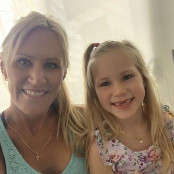 Babysitter Sunshine Coast: Renee