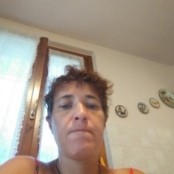 Genitore Izano: lavoro per babysitter Vincenza
