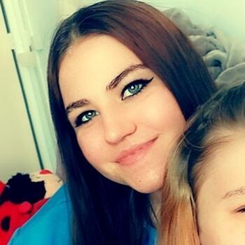 Babysitter in Bergen op Zoom: Dynisa