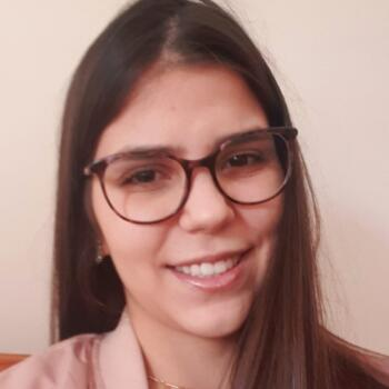 Babysitter em Vila Nova de Gaia: Bruna