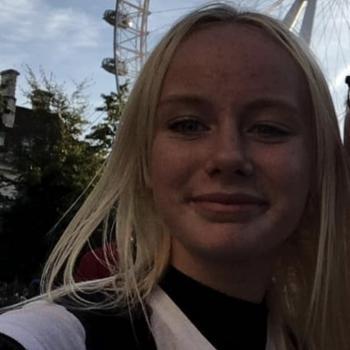 Babysitter Frederikshavn: Signe