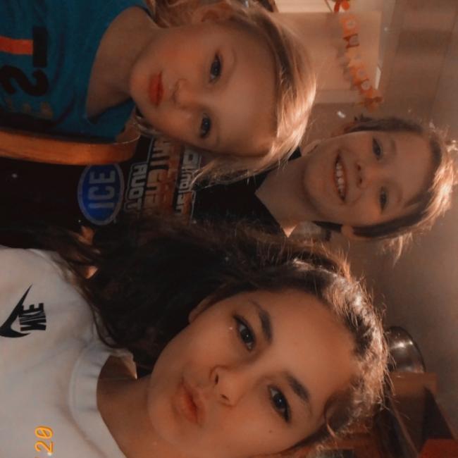 Babysitter in Milwaukee: Lauren