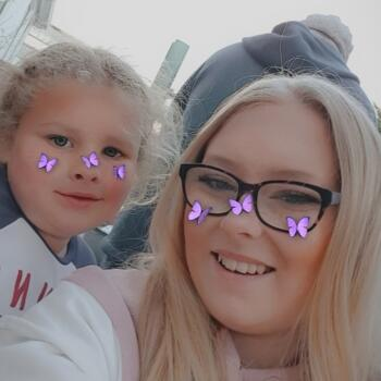 Babysitter in Leeds: Kaitlin