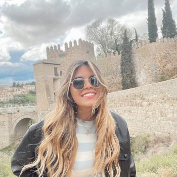 Babysitter in Toledo: Maria