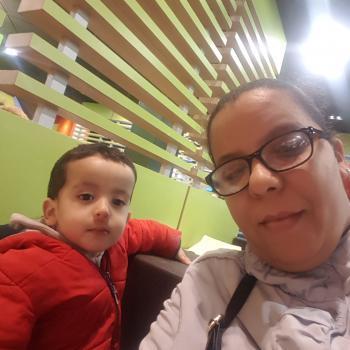 Babysitter London: Bouchra