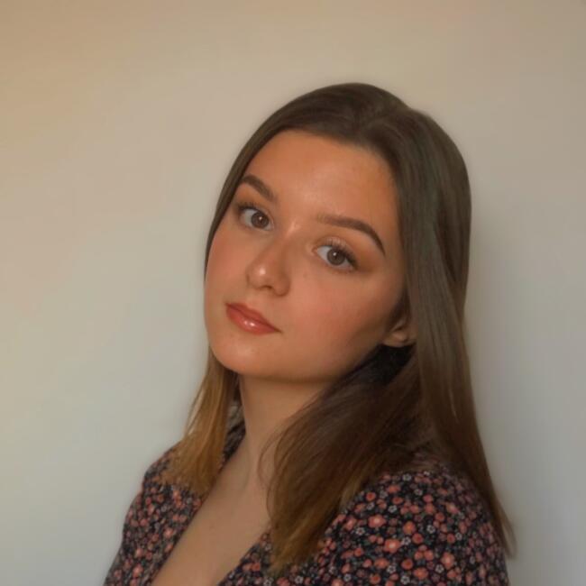 Babysitter in Clermont-Ferrand: Emeline