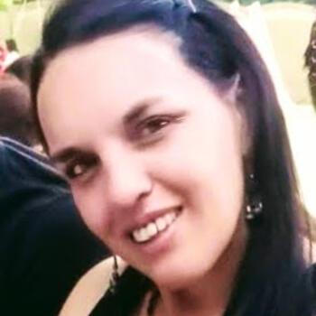 Niñera en Grand Bourg: Cristina