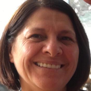 Babysitter in Jaraguá do Sul: Maria Helena