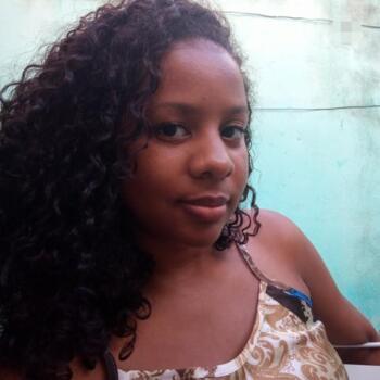 Babá em Salvador: Jessica Thais