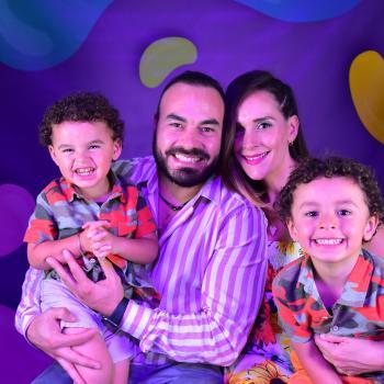 Trabajo de niñera en Monterrey: trabajo de niñera Adrian