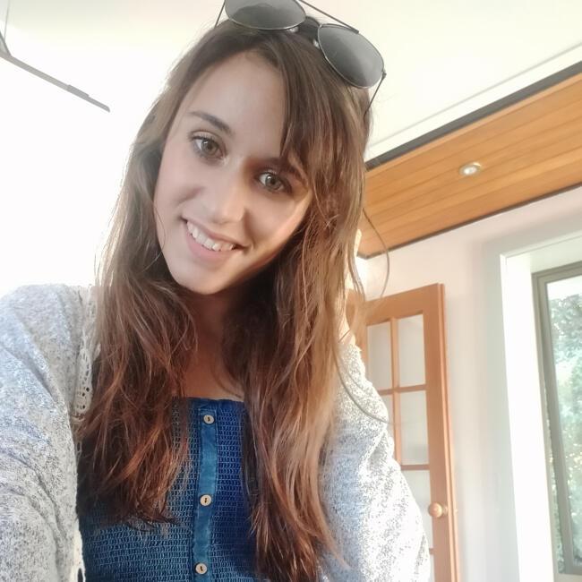 Babysitter in Christchurch: Stephanie