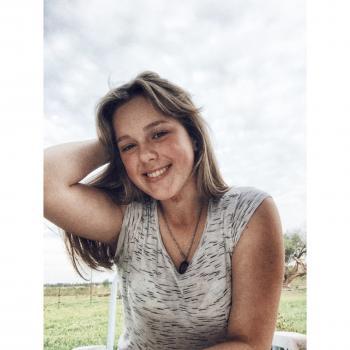 Niñera Canelones: Lucia