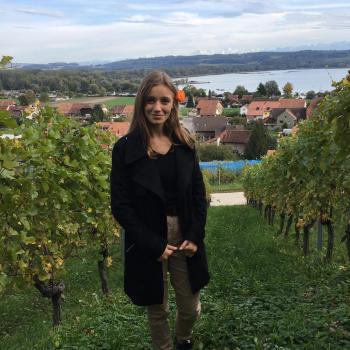 Babysitter Villars-sur-Glâne: Yaëlle