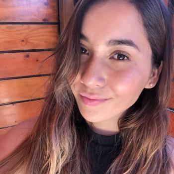 Babysitter Peñaflor: Javiera