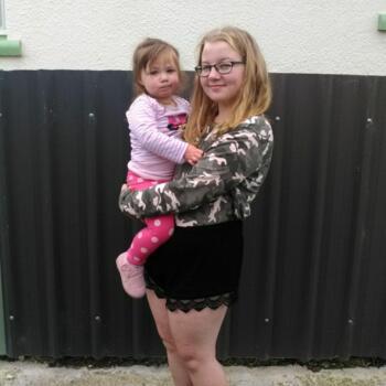 Babysitter in Invercargill: Hannah