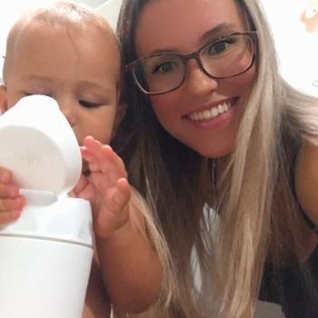 Emprego de babá em Vitória: emprego de babá Priscila