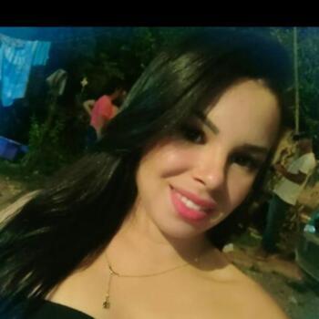 Babá em Sete Lagoas: Marcela